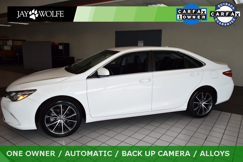 Pre-Owned 2015 Toyota Camry XSE FWD 4D Sedan